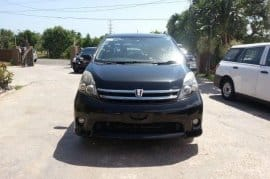 .::. 2010 TOYOTA ISIS PLATANA FOR SALE .::.