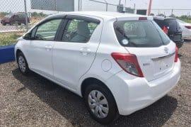 White 2012 Toyota Vitz