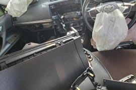 2015 Toyota mark x scrapping (parts only)