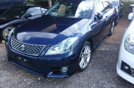 2010 Toyota Crown athlete newly imported
